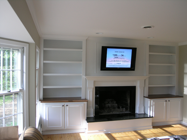 Built Bookcases Around Fireplace